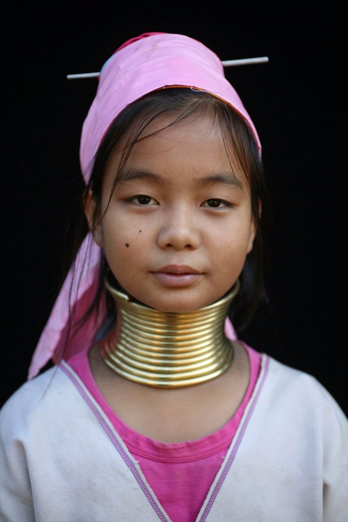 Stock Photo: 1566-980049 Portrait of a Longneck girl Approximately 300 Burmese refugees in Thailand are members of the indigenous group known as the Longnecks The largest of the three villages where the Longnecks live is called Nai Soi, located near Mae Hong Son City Longnecks we