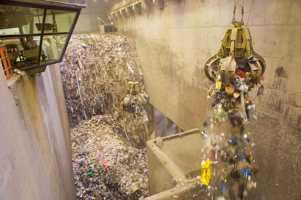 Stock Photo: 1566-980210 The combustor ´Twence´ in The Netherlands is able to process 550,000 tonnes of waste and 150,000 tonnes of biomass annually The majority of waste is b...