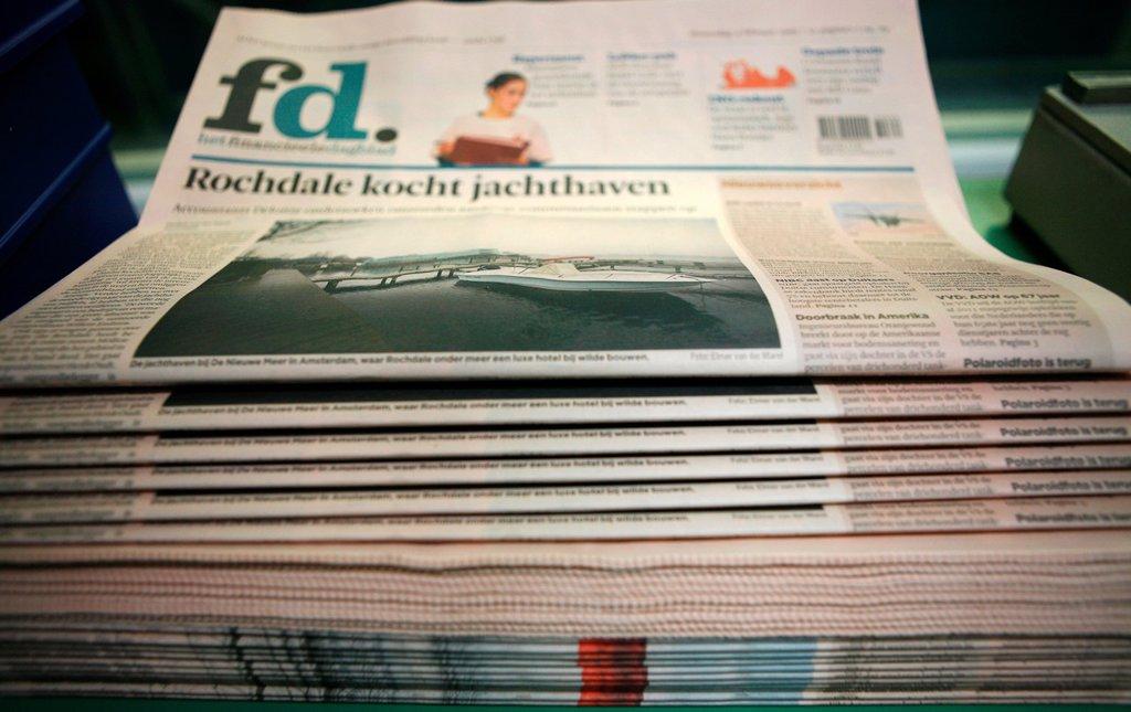Stock Photo: 1566-980294 Dijkman Offset printing This company prints the financieel dagblad Dutch financial times , kidsweek and other media