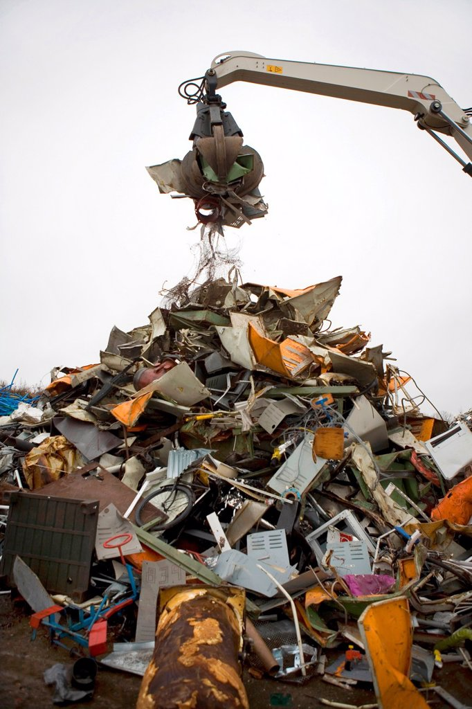 Recycling of metals All municipalities in The Netherlands are required to provide known collection points for recyclable and/or hazardous materials All types of separated trash can be accepted here for free or a small sum depending on type of material gre : Stock Photo