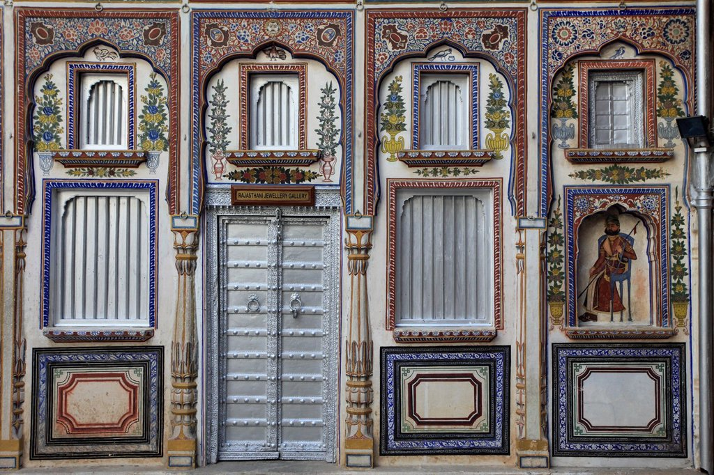 India, Rajasthan, Shekhawati, Nawalgarh, Poddar Haveli, courtyard, : Stock Photo
