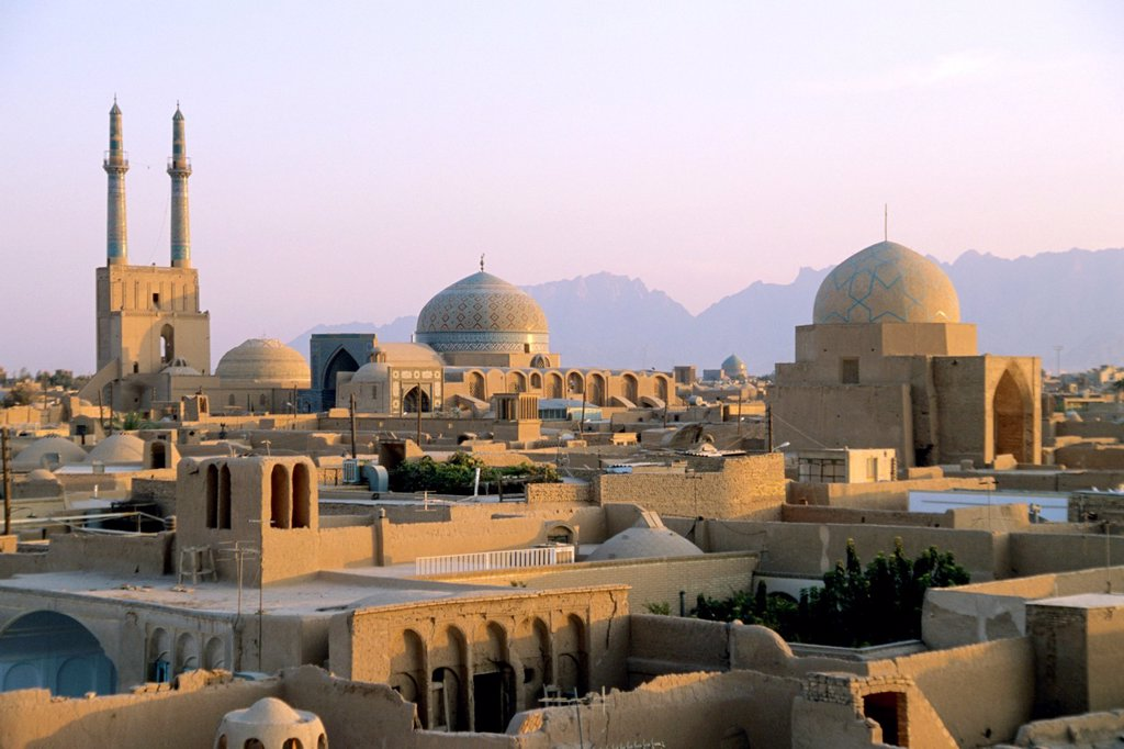 Stock Photo: 1566-980811 Iran Yazd skyline