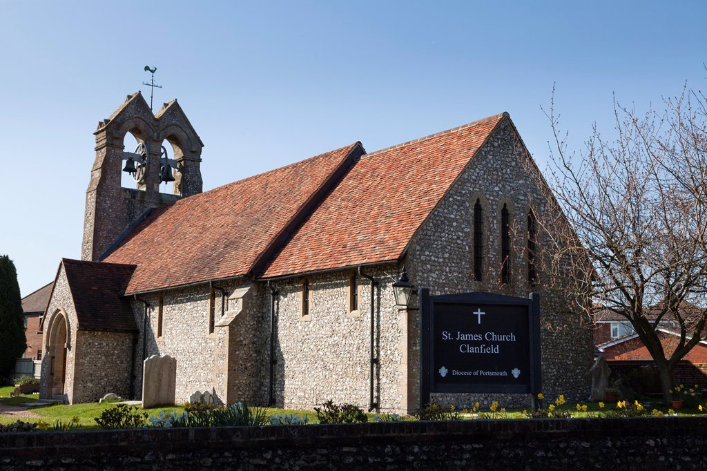 Stock Photo: 1566-981430 Village church of Saint James in Clanfield with bell gable