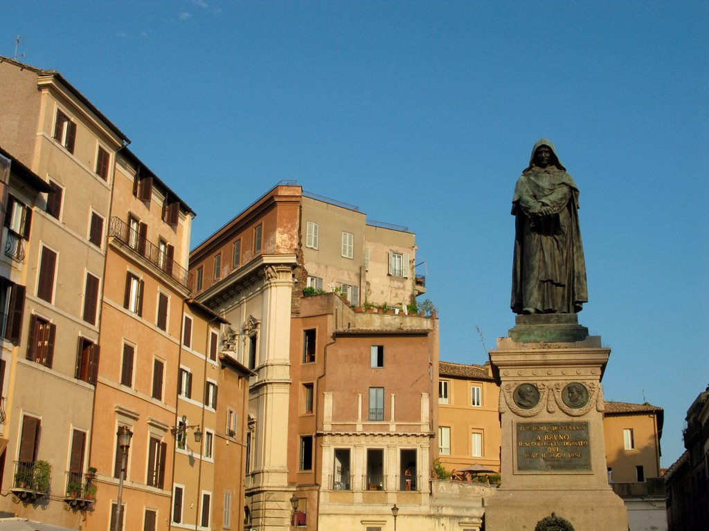 Stock Photo: 1566-981709 giordano bruno statue in campo de fiori rome