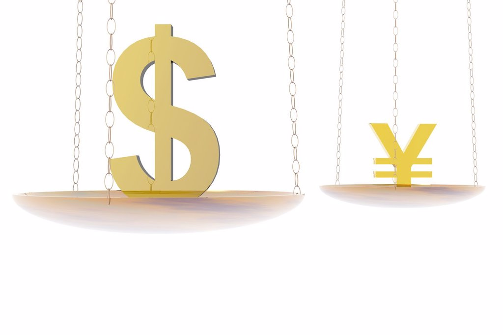 Financial balance  Balance with dollar and yen symbols : Stock Photo