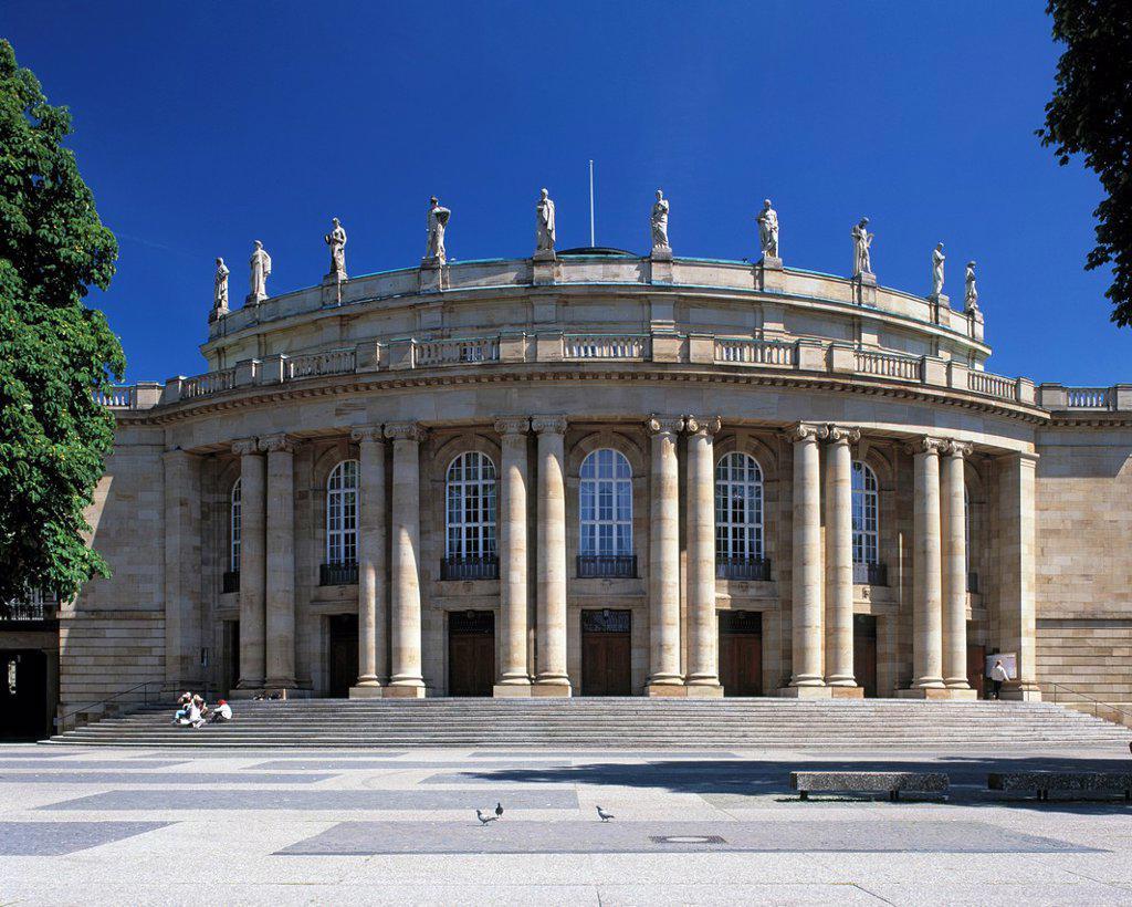 Stock Photo: 1566-983806 D-Stuttgart, Neckar, Baden-Wuerttemberg, Stuttgart State Theatre, opera house, main entrance, columns, perron