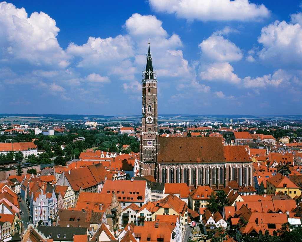 Stock Photo: 1566-983810 D-Landshut, Isar, Alpine foreland, Lower Bavaria, Bavaria, town panorama, St  Martins Church, Saint Martin Minster, collegiate church St  Martin and Kastulus, parish church, Basilica minor, brick tower, Late Gothic