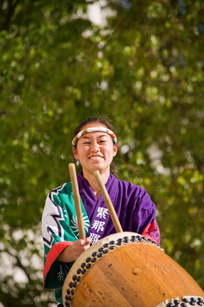 Stock Photo: 1566-989910 Japanese taiko drummer in Los Angeles, CA
