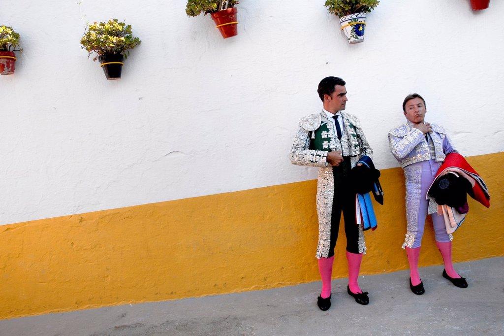 Spanish bullfighters enter the bullring in Fuengirola, Spain, 28 April 2007 : Stock Photo