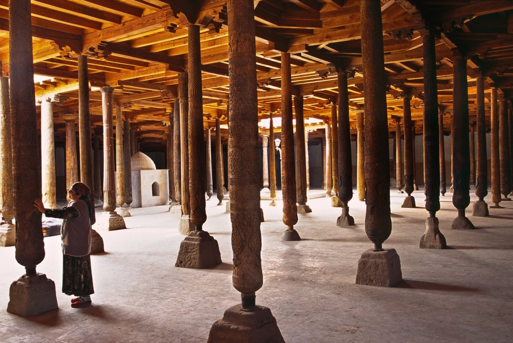 Stock Photo: 1566-992714 Wooden columns inside of the Juma mosque, Khiva, Silk Road, Unesco World Heritage Site, Uzbekistan, Central Asia