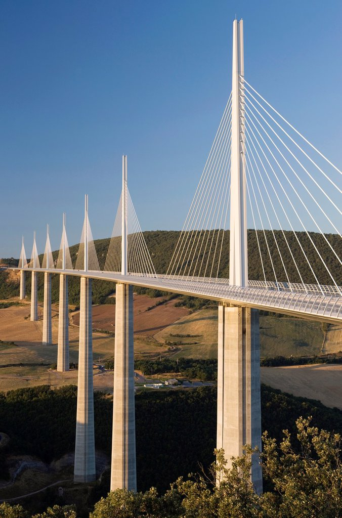 Stock Photo: 1566-993000 VIADUCT DE MILLAU AUTOROUTE 75 LA MERIDIEE MASSIF CENTRAL AVEYRON FRANCE