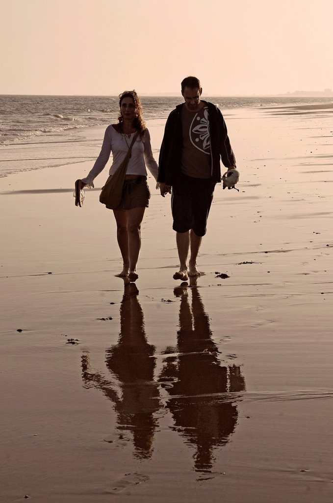 Stock Photo: 1566-993232 Islantilla beach-young couple  Lepe  Huelva-province  Spain