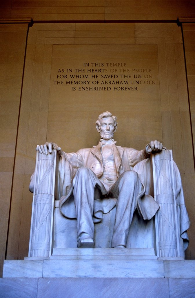 Washington DC, the Lincoln Memorial, recalling Abraham Lincoln, the beloved 16th US president, who was president during the Civil War and signed the Emancipation Proclamation. : Stock Photo