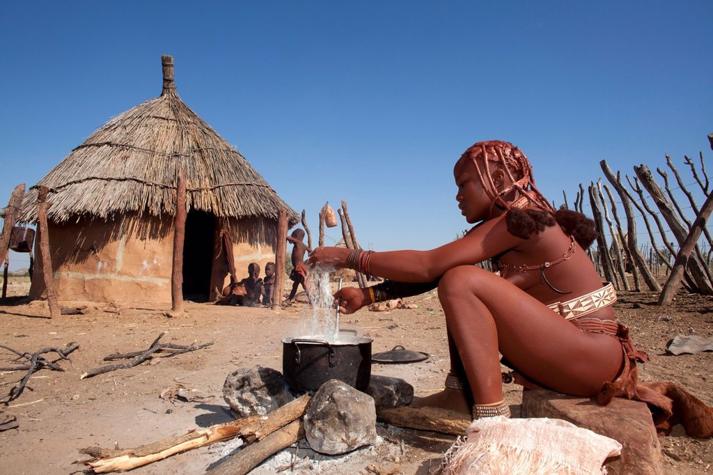 Stock Photo: 1566-996965 Himba tribe in Namibia