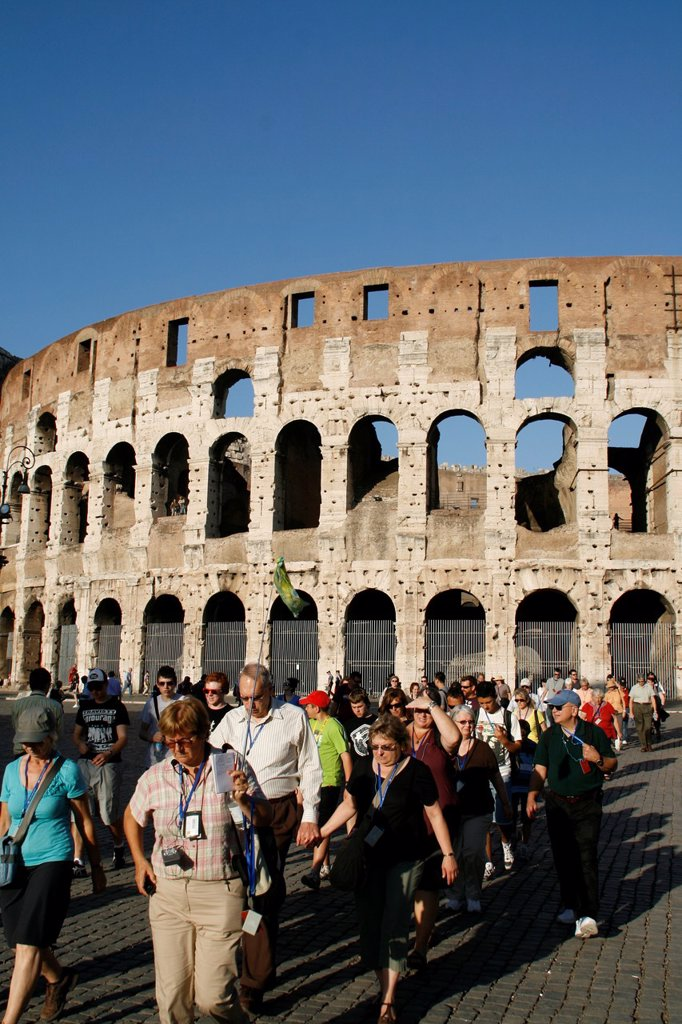 Stock Photo: 1566-997881 the colosseum coliseum amphitheatre wall facade, rome