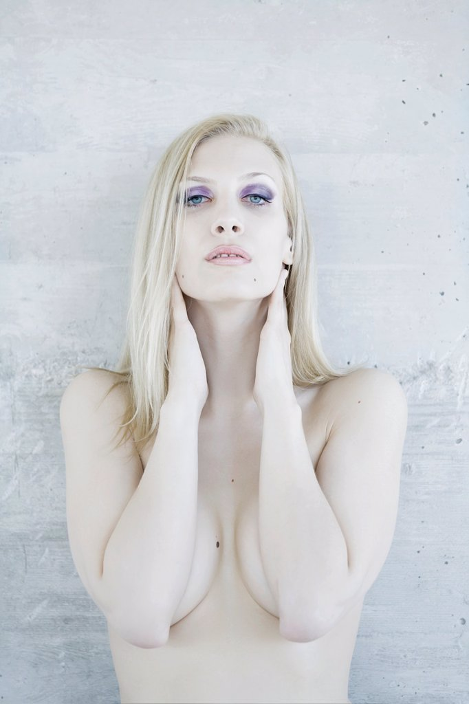Attractive woman naked with pale skin : Stock Photo