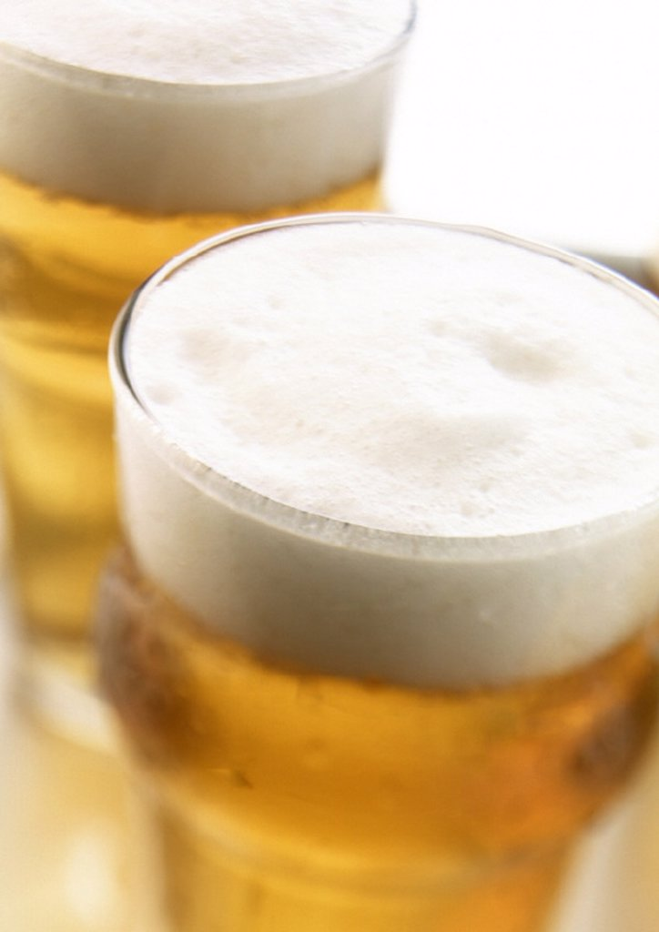 Stock Photo: 1569R-137026 Glasses of beer, close-up