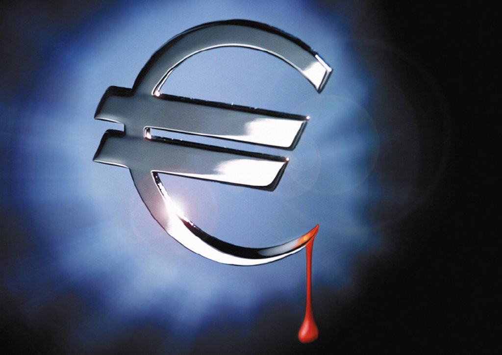 Silver euro sign dripping with blood : Stock Photo