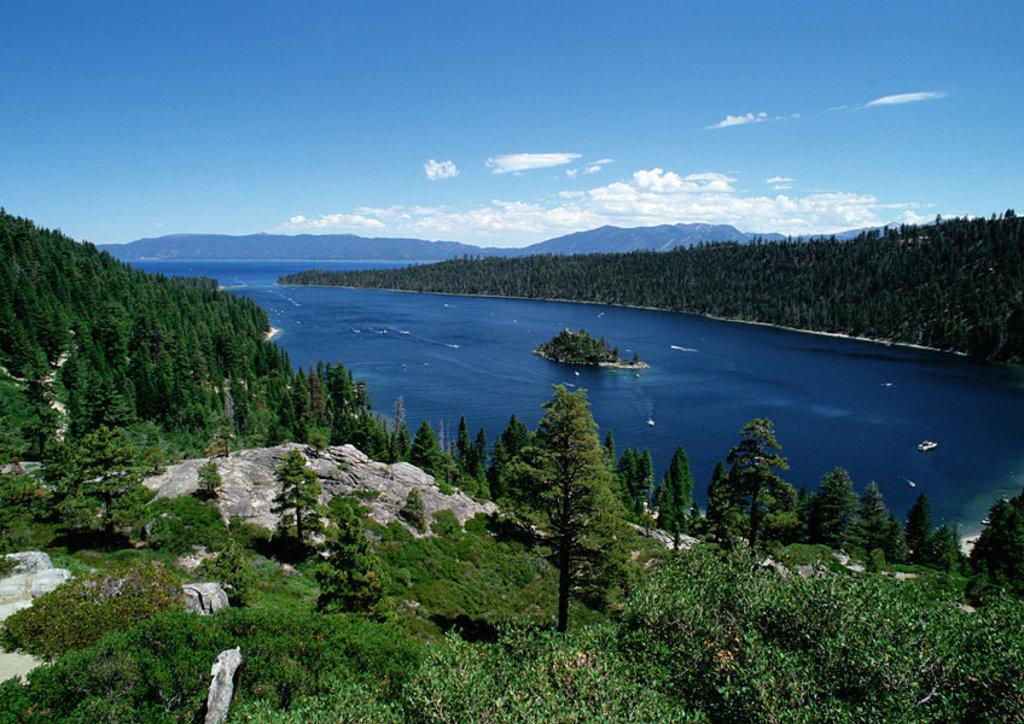 Stock Photo: 1569R-26083 California, Lake Tahoe