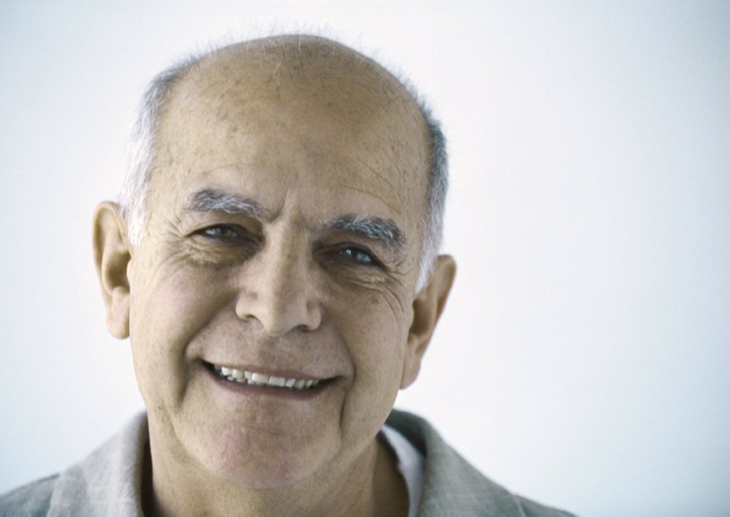 Stock Photo: 1569R-273034 Senior man, portrait