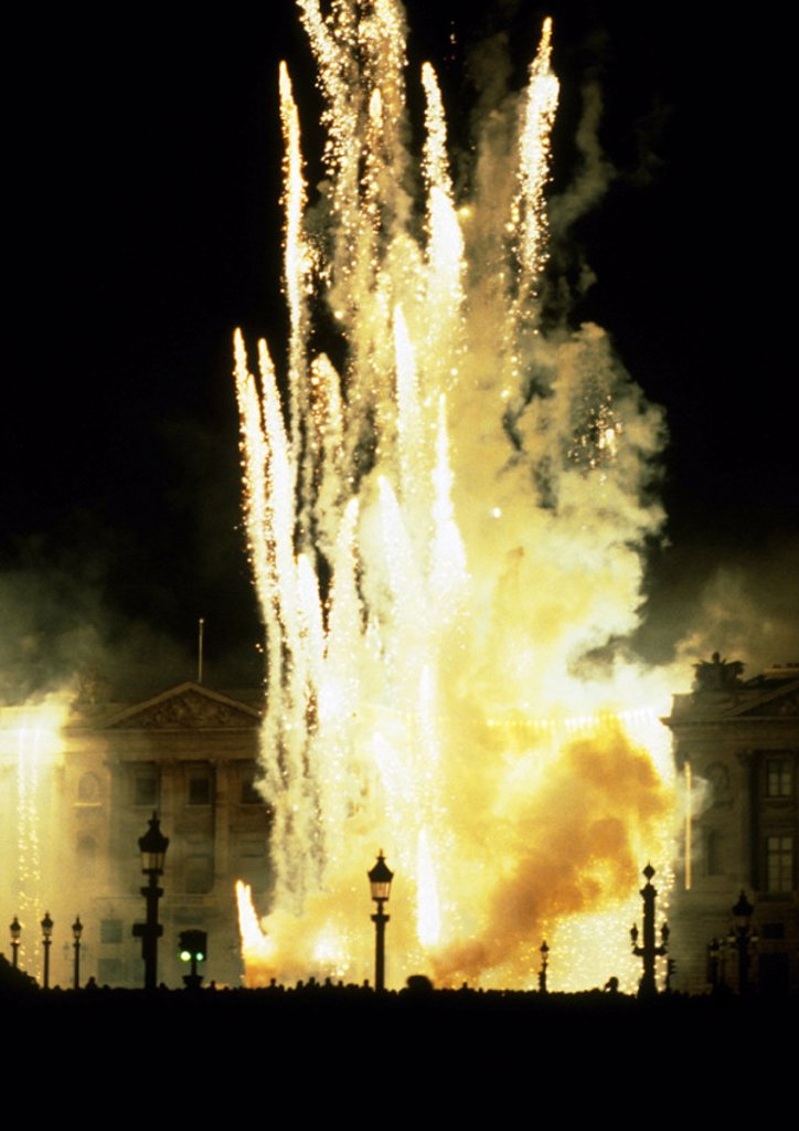 Stock Photo: 1569R-7089 France, Paris, fireworks at night