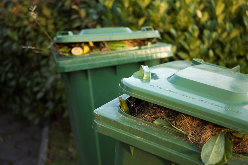 Stock Photo: 1569R-9065170 Garbage cans filled with compost