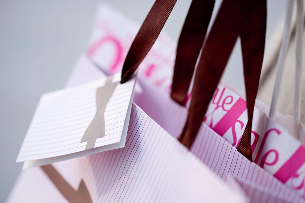 Stock Photo: 1569R-9074541 Shopping bags, close_up
