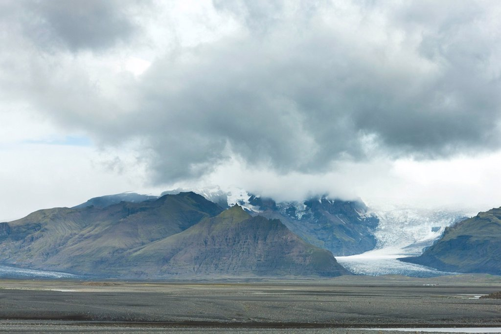 Mountains and glacier, Iceland : Stock Photo