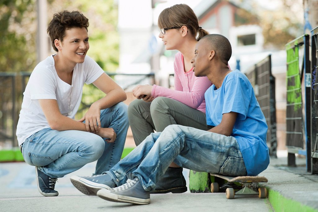 Stock Photo: 1569R-9079026 Young people hanging out together