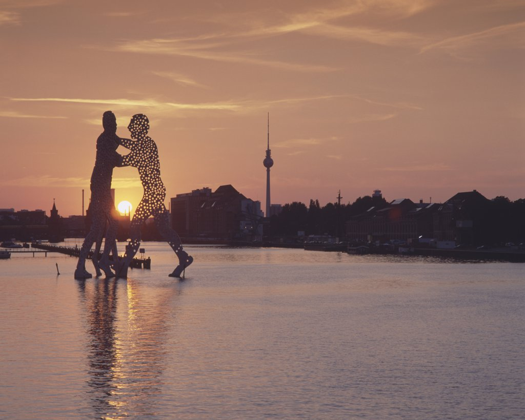 Stock Photo: 1570R-113919 Molecule Man sculpture on Spree River, Berlin, Germany