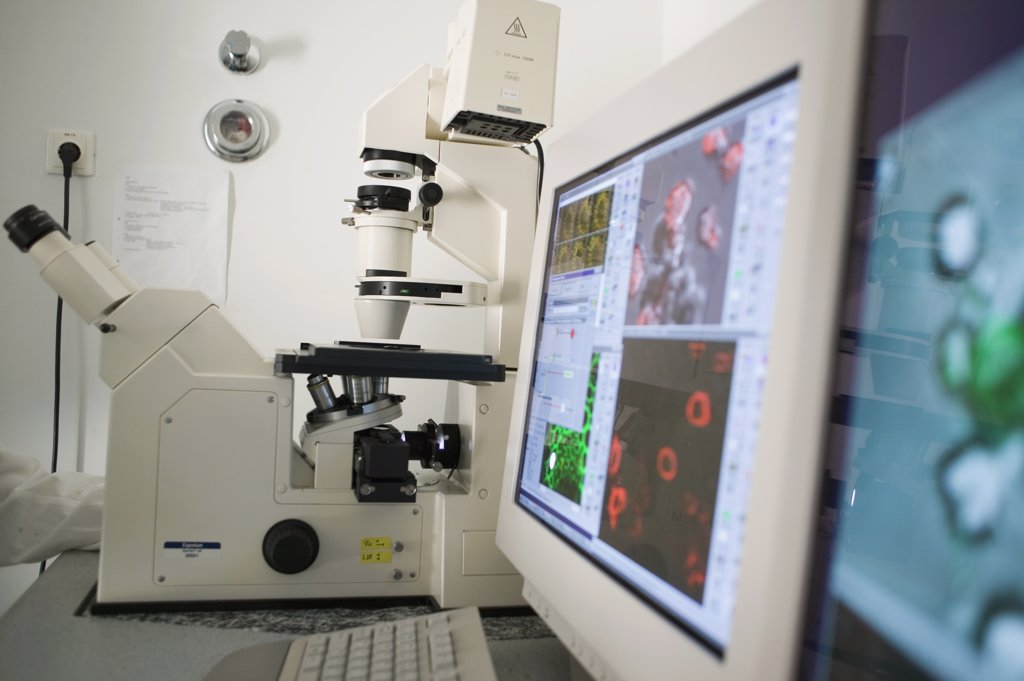 Stock Photo: 1570R-115075 Computer aided microscope in a laboratory