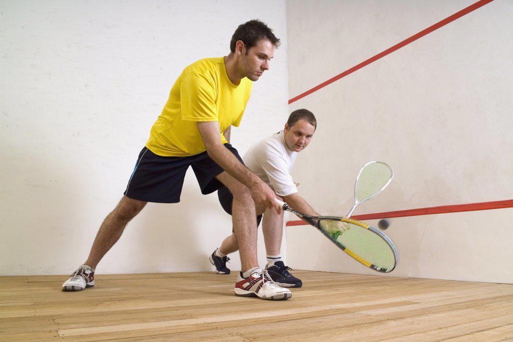 Stock Photo: 1570R-116404 Two men playing squash