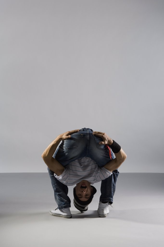 Stock Photo: 1570R-124401 A B-boy doing a Freeze  breakdance move