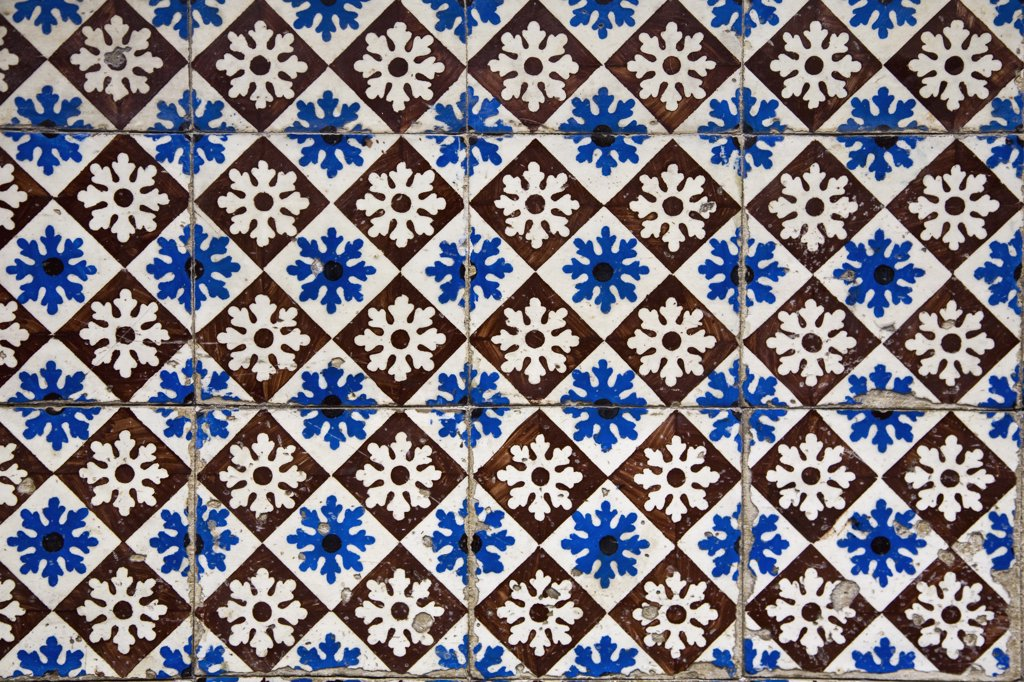 Stock Photo: 1570R-126205 Patterned wall tiles, Porto, Portugal
