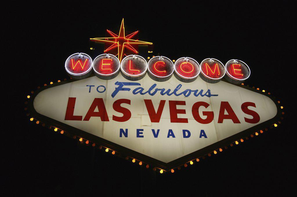 The Welcome to Las Vegas Sign at Night, Las Vegas, Nevada, USA : Stock Photo