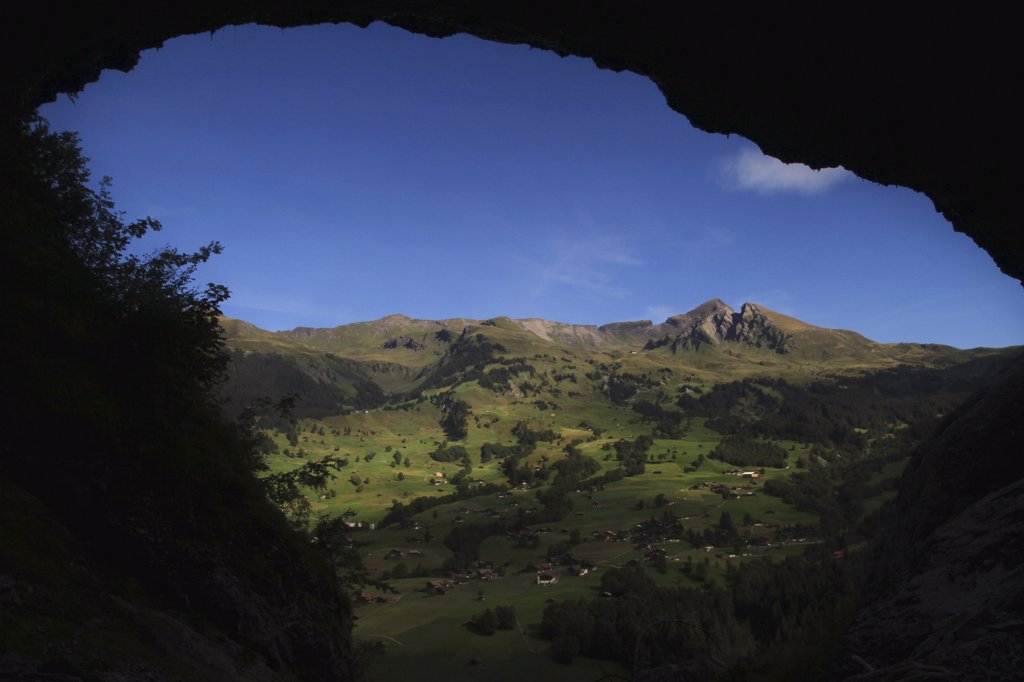 Stock Photo: 1570R-134990 Swiss rural landscape framed by an arched rock