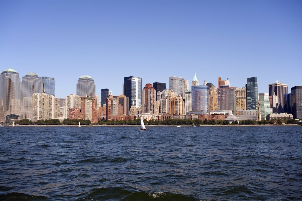 Stock Photo: 1570R-135372 Manhattan skyline