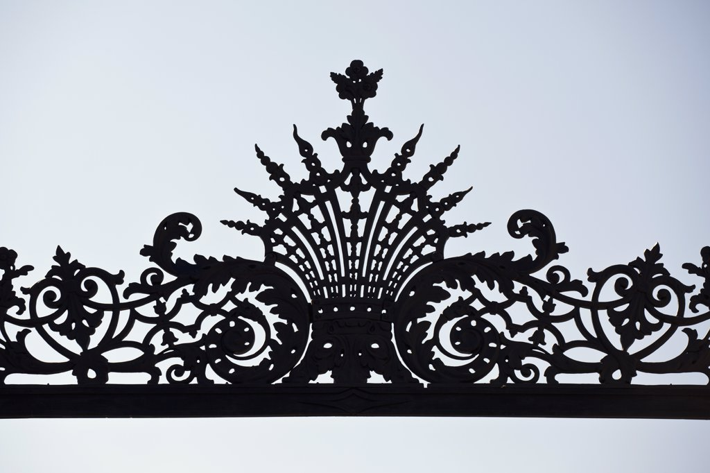Stock Photo: 1570R-138575 Intricate wrought iron design, detail