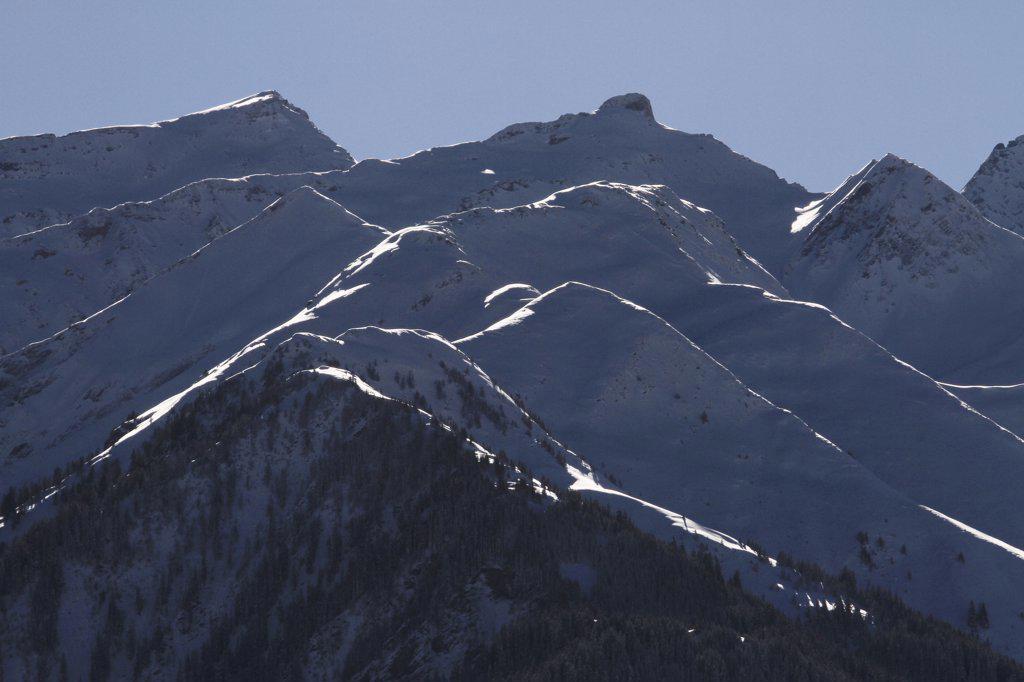 Snow-capped mountain range : Stock Photo
