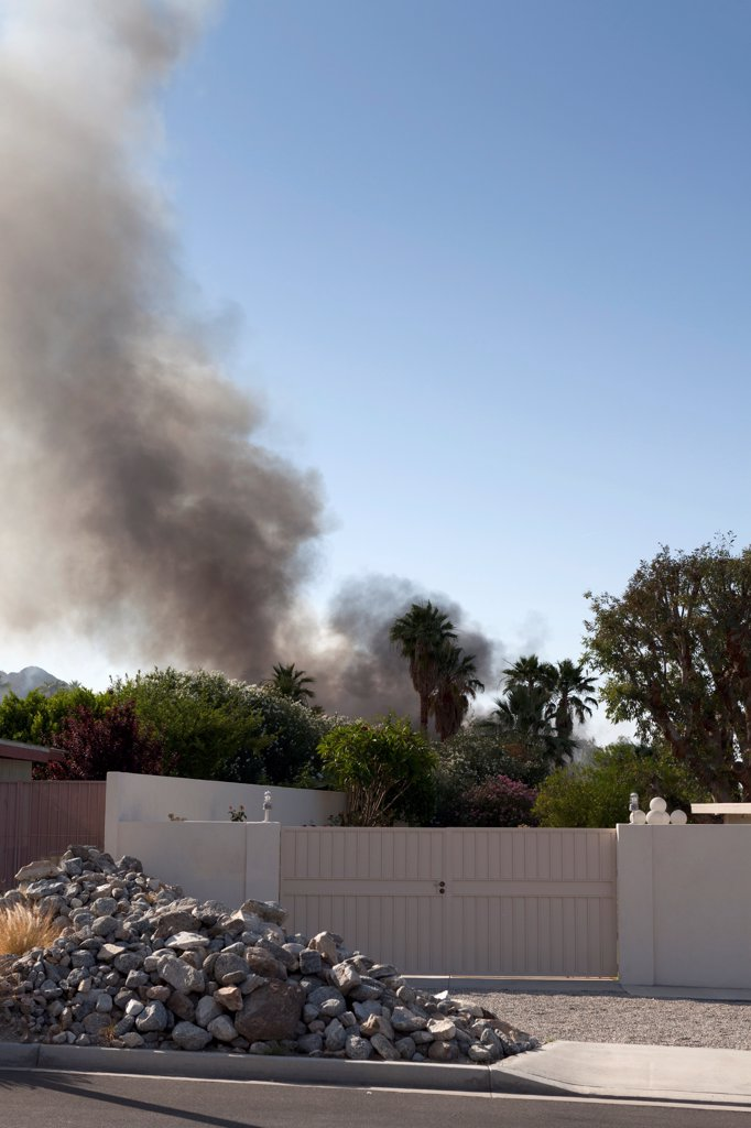 Stock Photo: 1570R-140647 A house in a suburb on fire