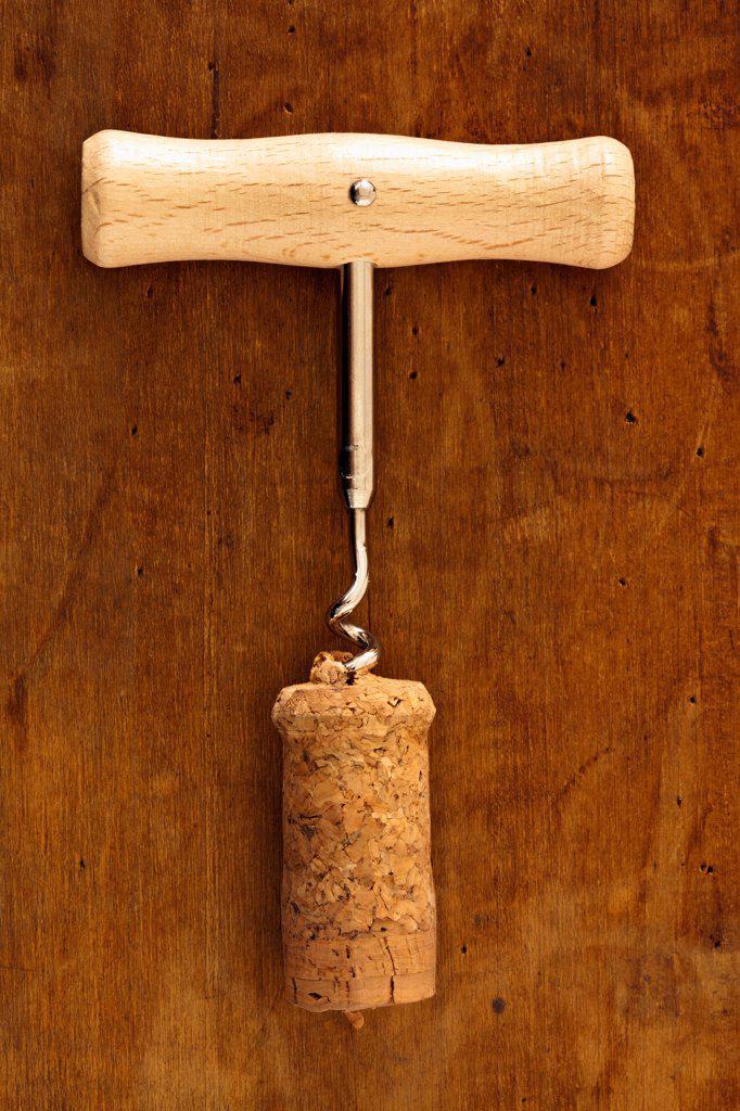 Corkscrew in cork : Stock Photo