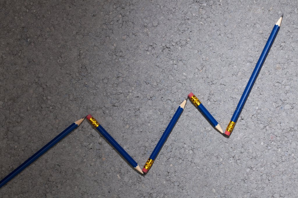Stock Photo: 1570R-140979 Pencils arranged to depict an ascending line graph