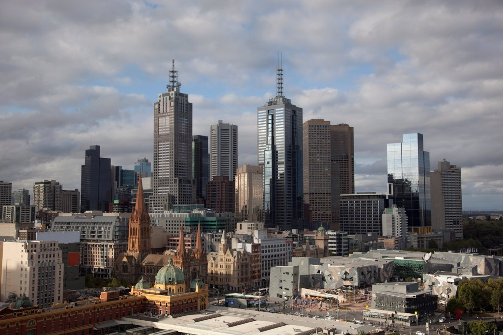 Stock Photo: 1570R-141218 Skyline of Melbourne financial district