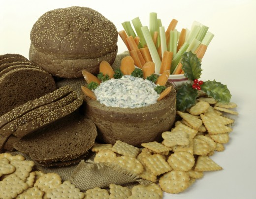 Stock Photo: 1574R-010800 Close-up of brown bread with crackers and dip