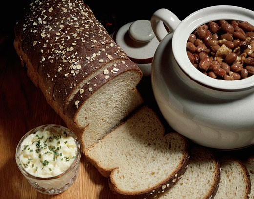 Stock Photo: 1574R-010938 Close-up of brown bread with beans
