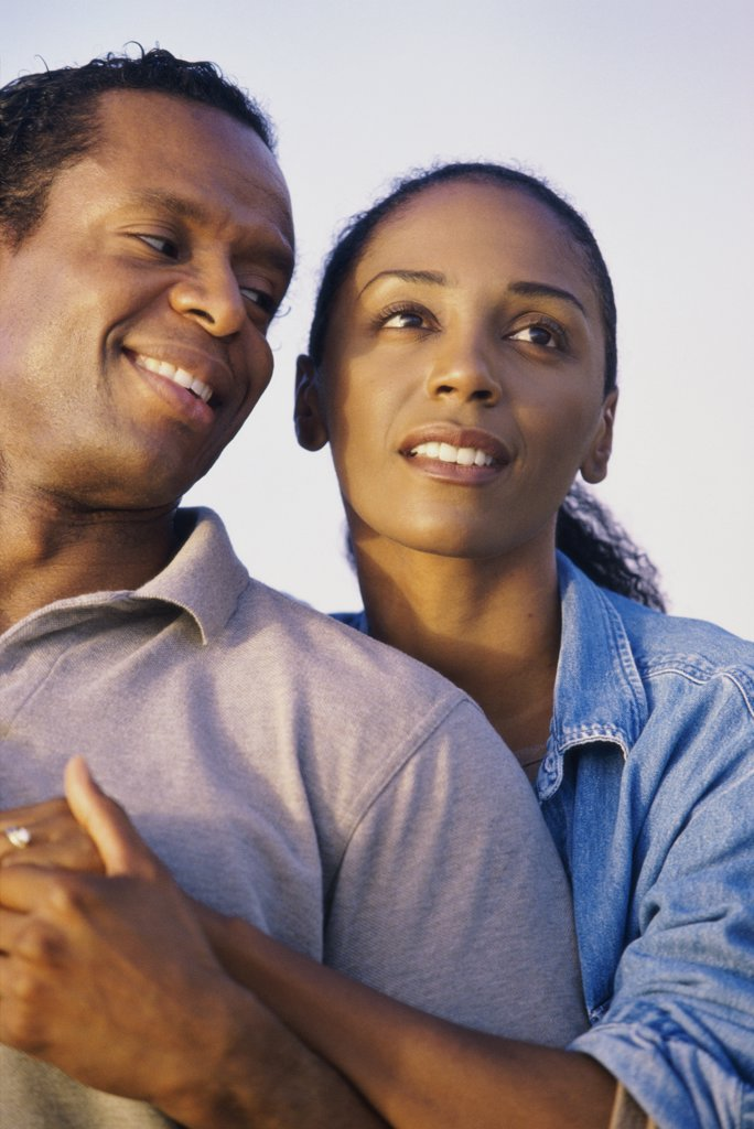 Close-up of a mid adult couple smiling : Stock Photo