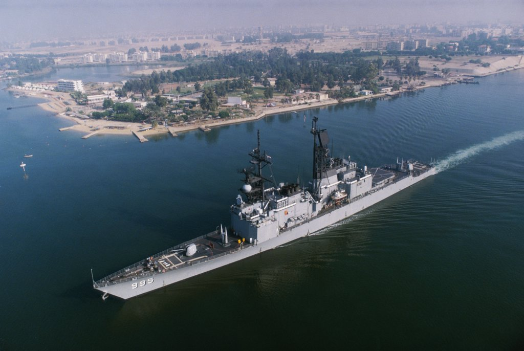 Aerial view of the USS Scott in the Suez Canal, Egypt : Stock Photo