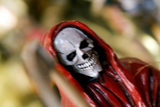 Close-up of a statue of a human skeleton : Stock Photo