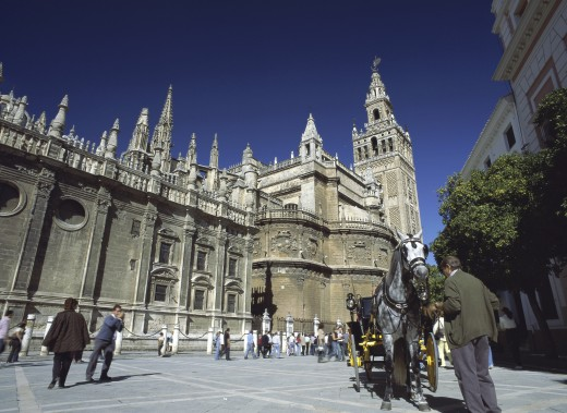 La Giralda, Plaza del Triunfo, Seville, Spain : Stock Photo