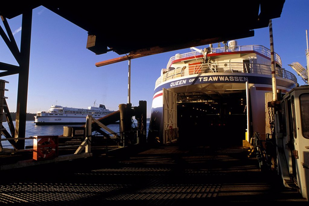 Gulf Island ferry docked, Schwartz Bay, British Columbia, Canada : Stock Photo